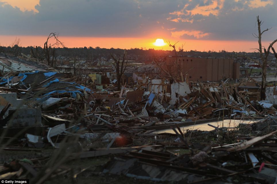 Relief efforts begin after Joplin, Missouri tornado disaster